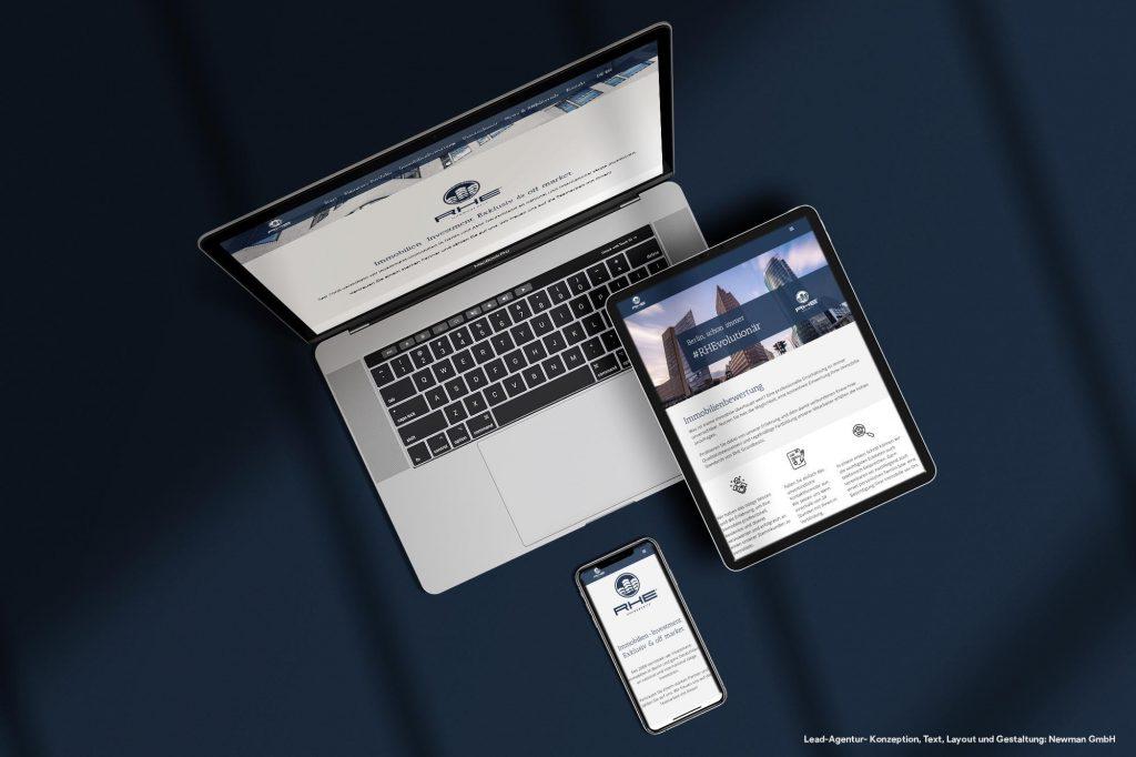 Darstellung einer Immobilien Website auf verschiedenen Endgeräten